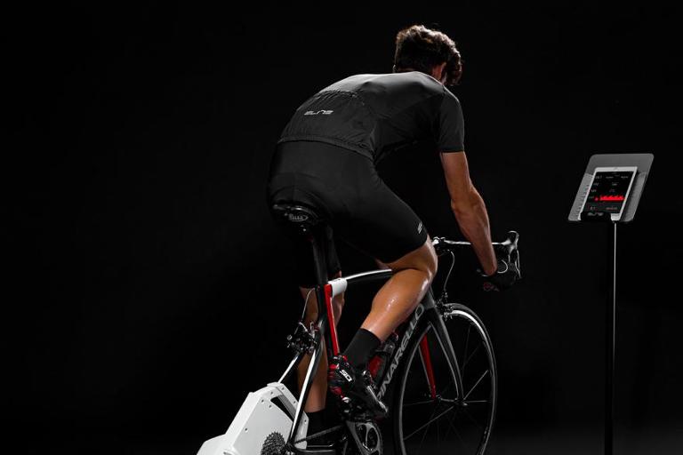 Allenamento indoor ciclismo
